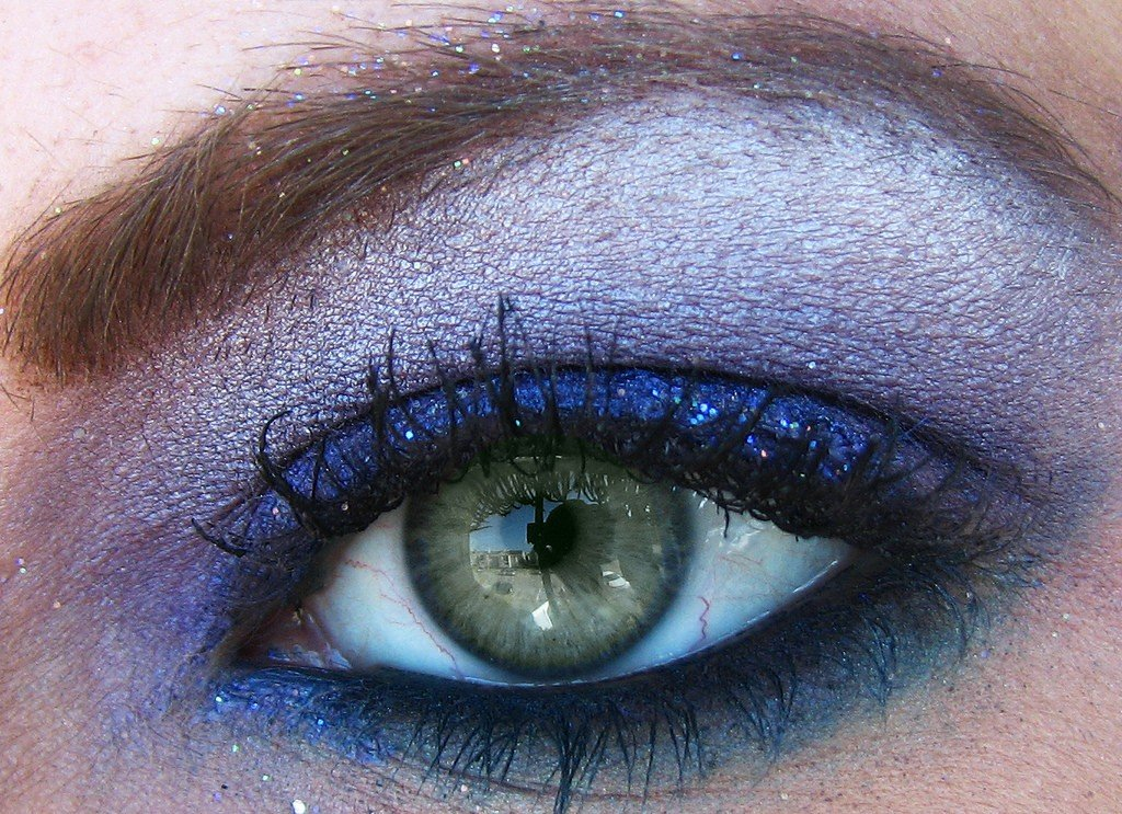 eye shadow for competition